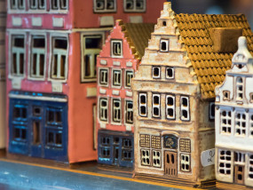 keramieken miniaturen huisjes